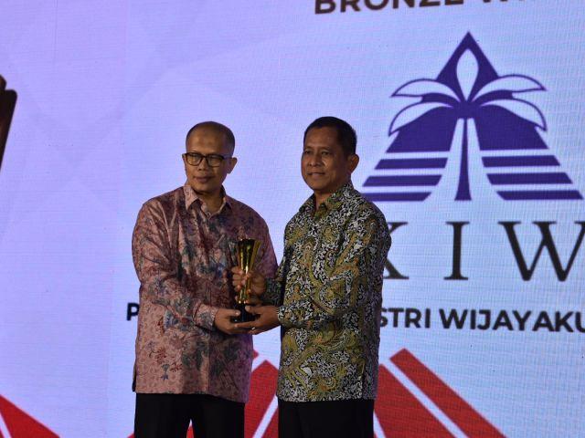Penghargaan dalam 2nd Revolusi Mental Award 2019