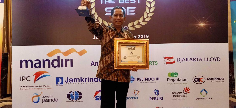 PT KIW infobank golden award