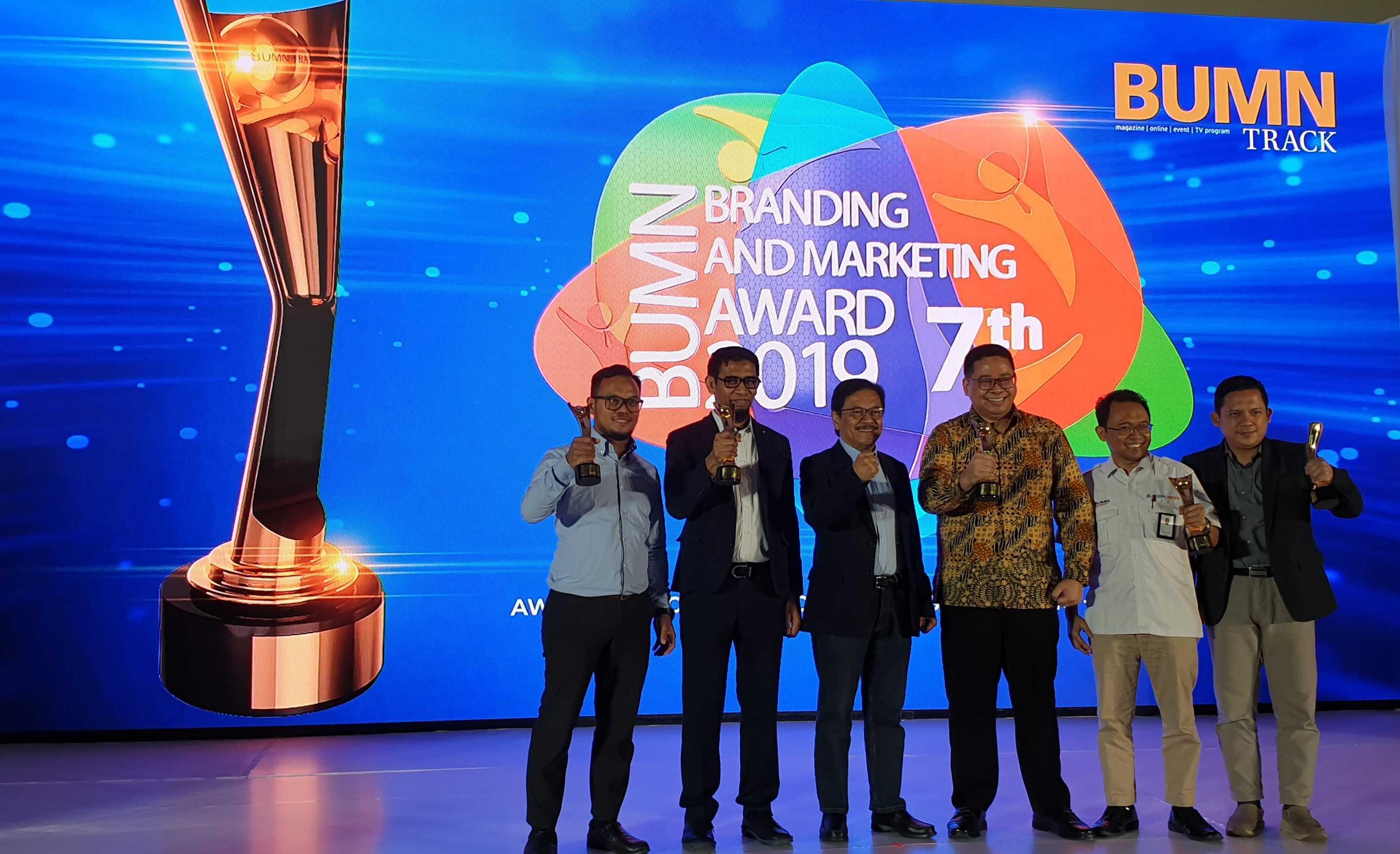 BUMN Branding & Marketing Award 2019 KIW